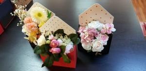Cutie de lux in forma de plic pentru aranjamente florale - 1 Cutie de lux in forma de plic pentru buchete de flori